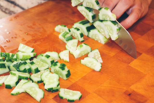 Safety tips while cutting veggies